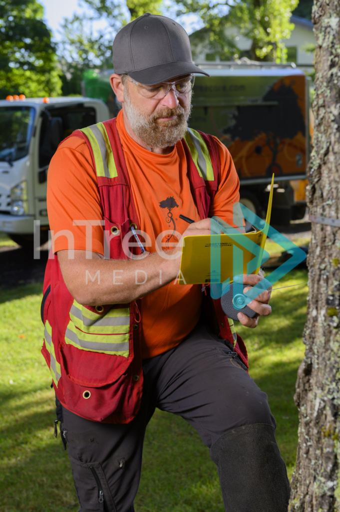 Arborist_Photo_001_21-3493